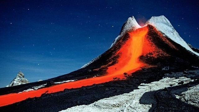 Colata lavica dal cratere Ol Doinyo Lengai