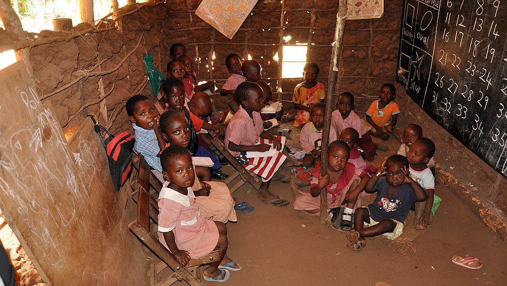 Kenya-Interno di una scuola di Malindi