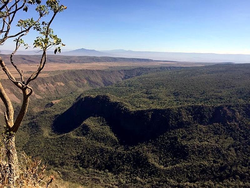 L'incredibile cratere del Monte Suswa