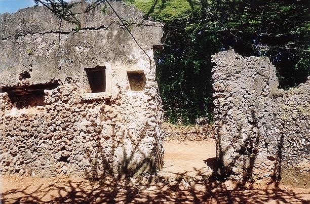 Takwa. Rovine di edifici