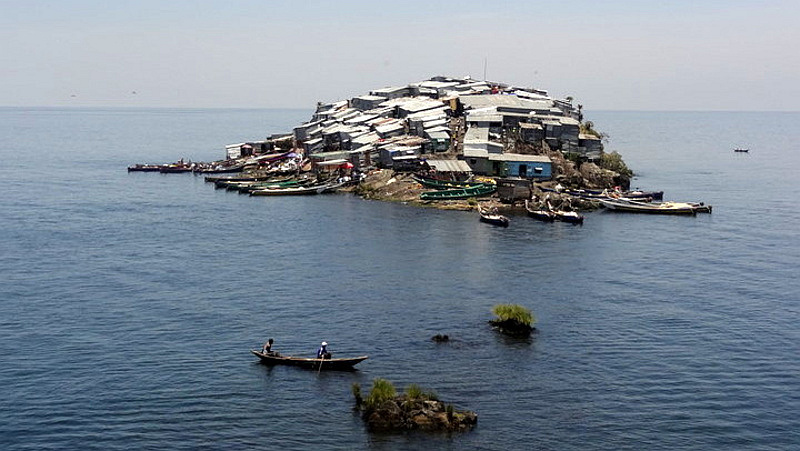 Kenya. Migingo Island - Lake Victoria