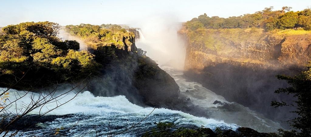 Le cascate Vittoria al tramonto.