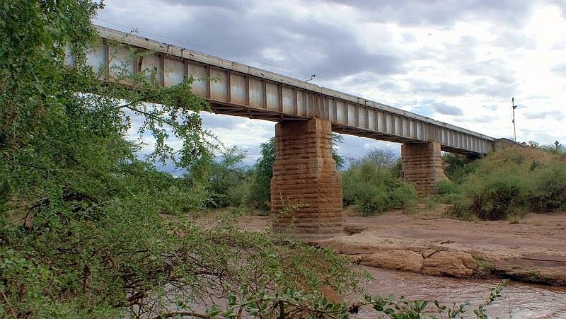 Kenya. Ponte di Patterson sul Fiume Tsavo
