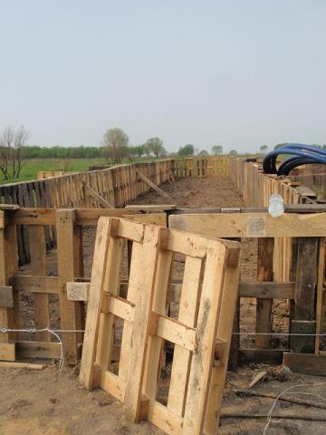 Сооружаем каркас из деревянных поддонов