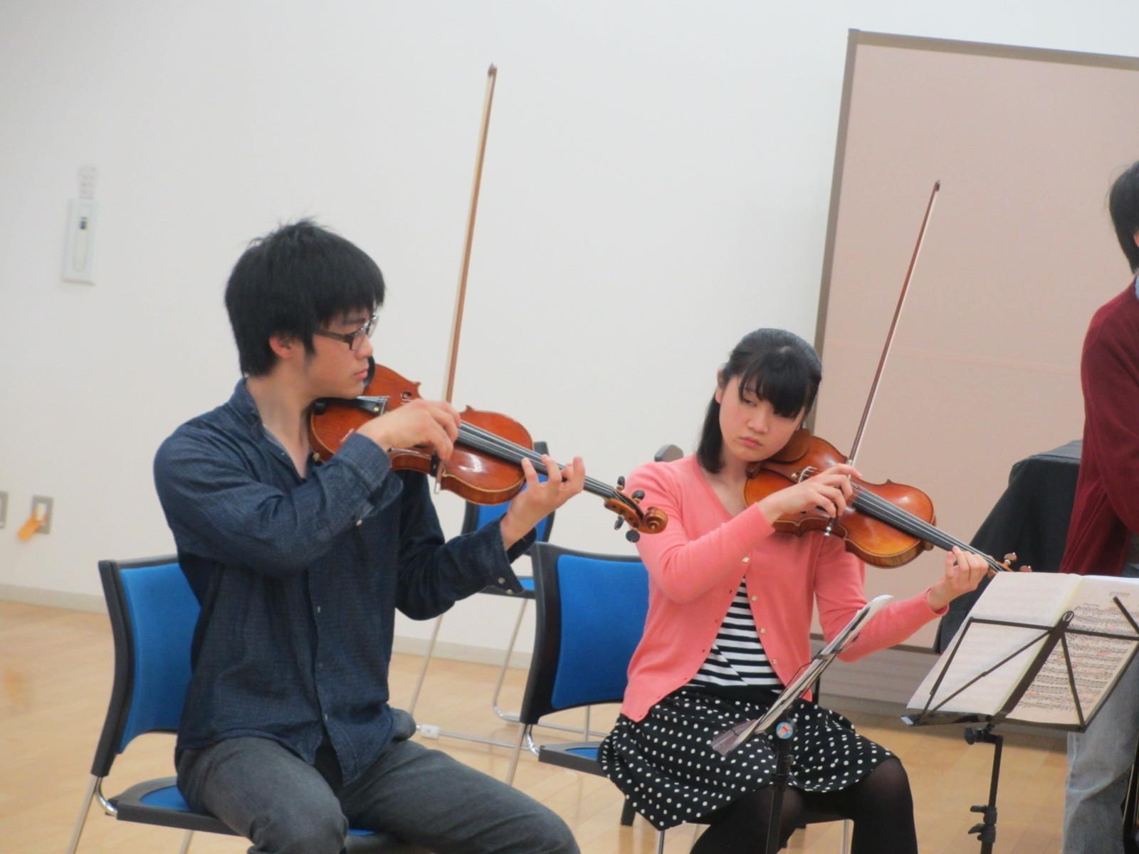学び合います。京大オケトップと東京芸大附属高校生
