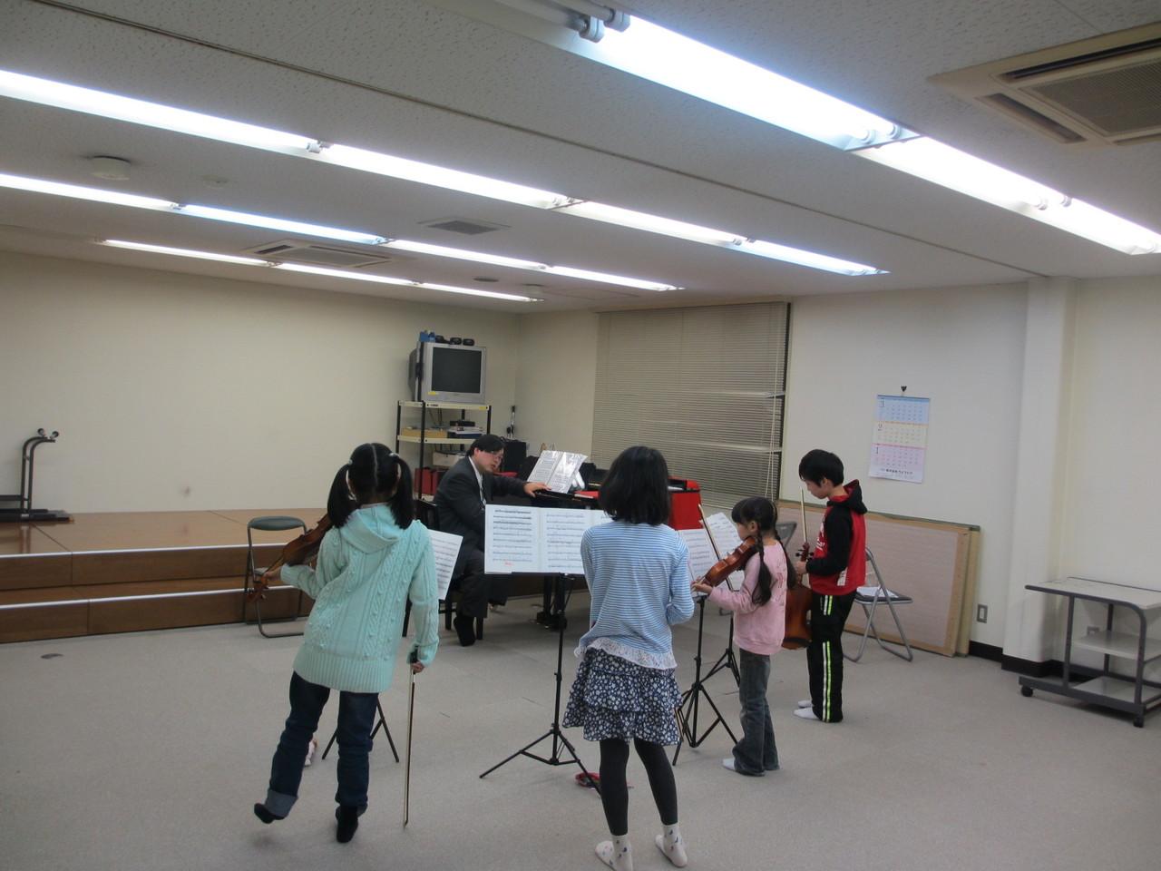4つのヴァイオリンの為の~特訓!