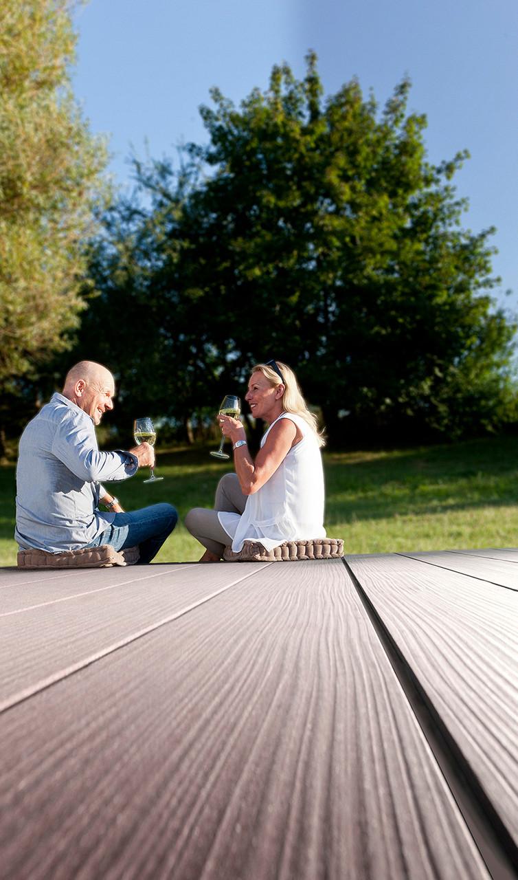 megawood premium terrassendielen dieholzterrassens. Black Bedroom Furniture Sets. Home Design Ideas