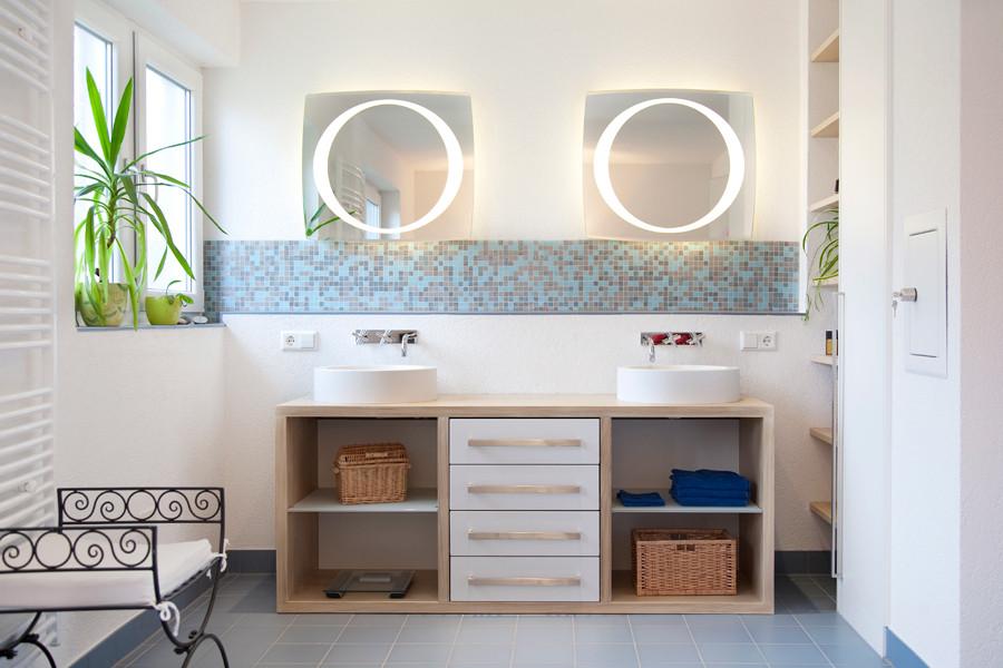 bad k m bel und t ren in aalen und schw bisch gm nd. Black Bedroom Furniture Sets. Home Design Ideas