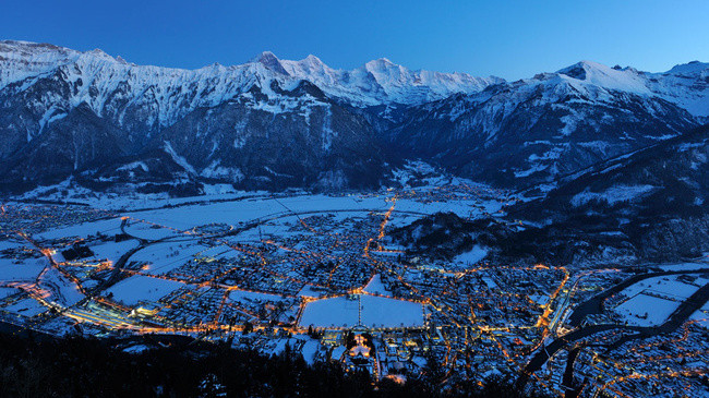 interlaken (picture: myswitzerland.com)