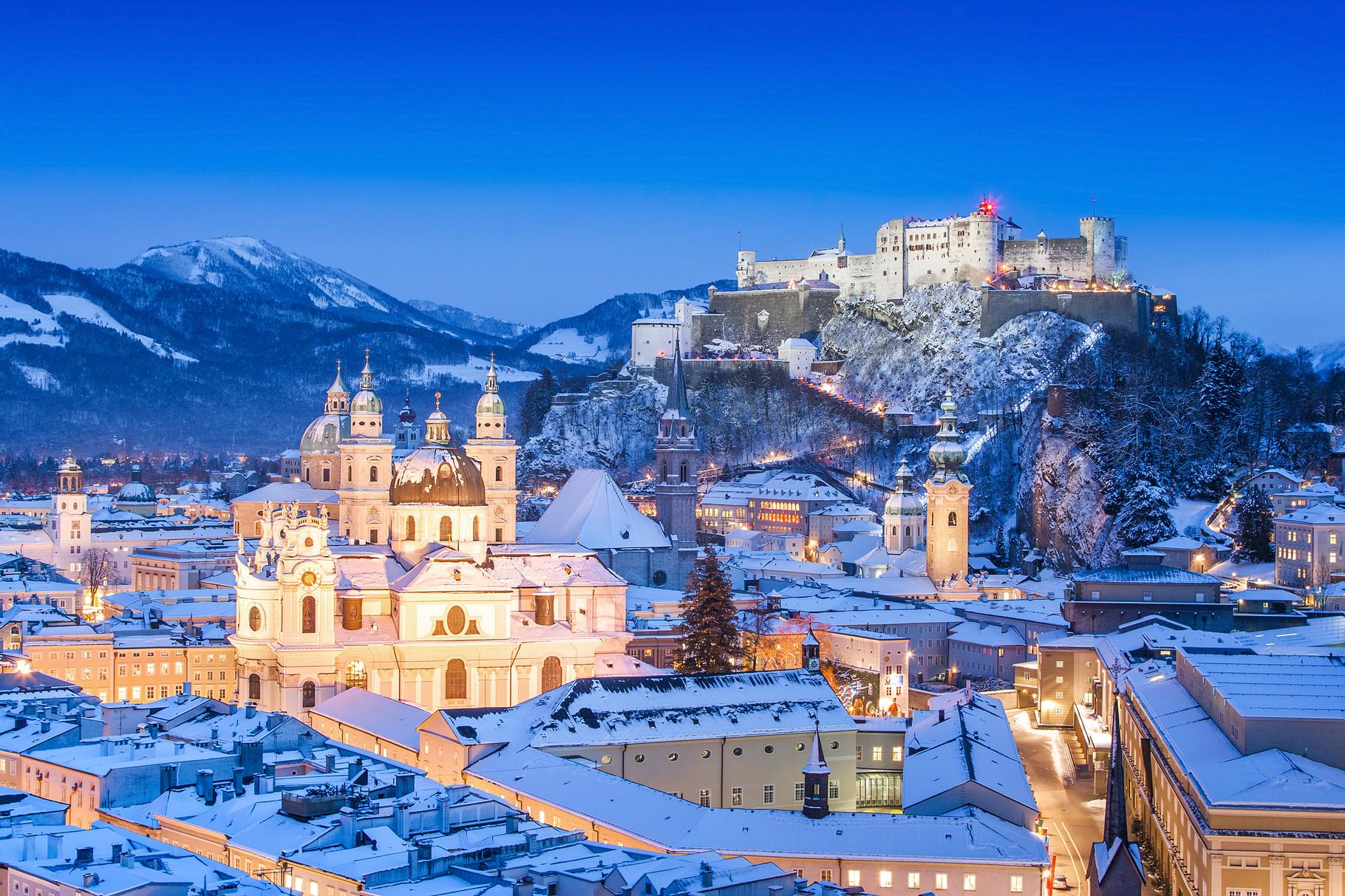 Salzburg (40min entfernt)
