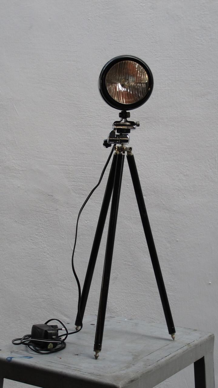 Farradlampe, Stehlampe, Tripot, Vintage Art, upcycling,  Kraftobjekte Wolfgang Wallner Hall in Tirol