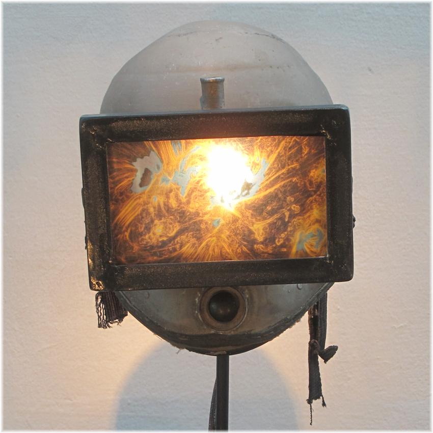 Lichtobjekt Sandstrahlhelm Kraftobjekte Wolfgang Wallner Hall in Tirol