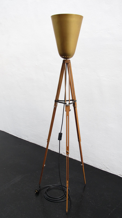 Tulpenlampe, Stehlampe, Deckenfluter, Vintage Art, upcycling,  Kraftobjekte Wolfgang Wallner Hall in Tirol