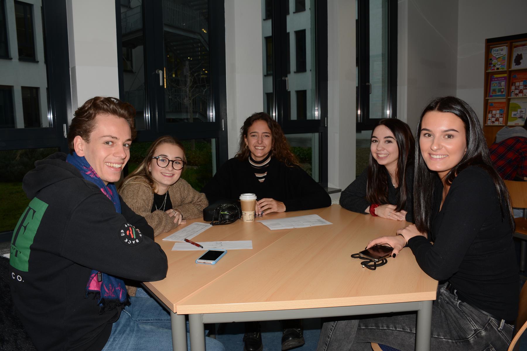 Mesas de intercambio de los participantes