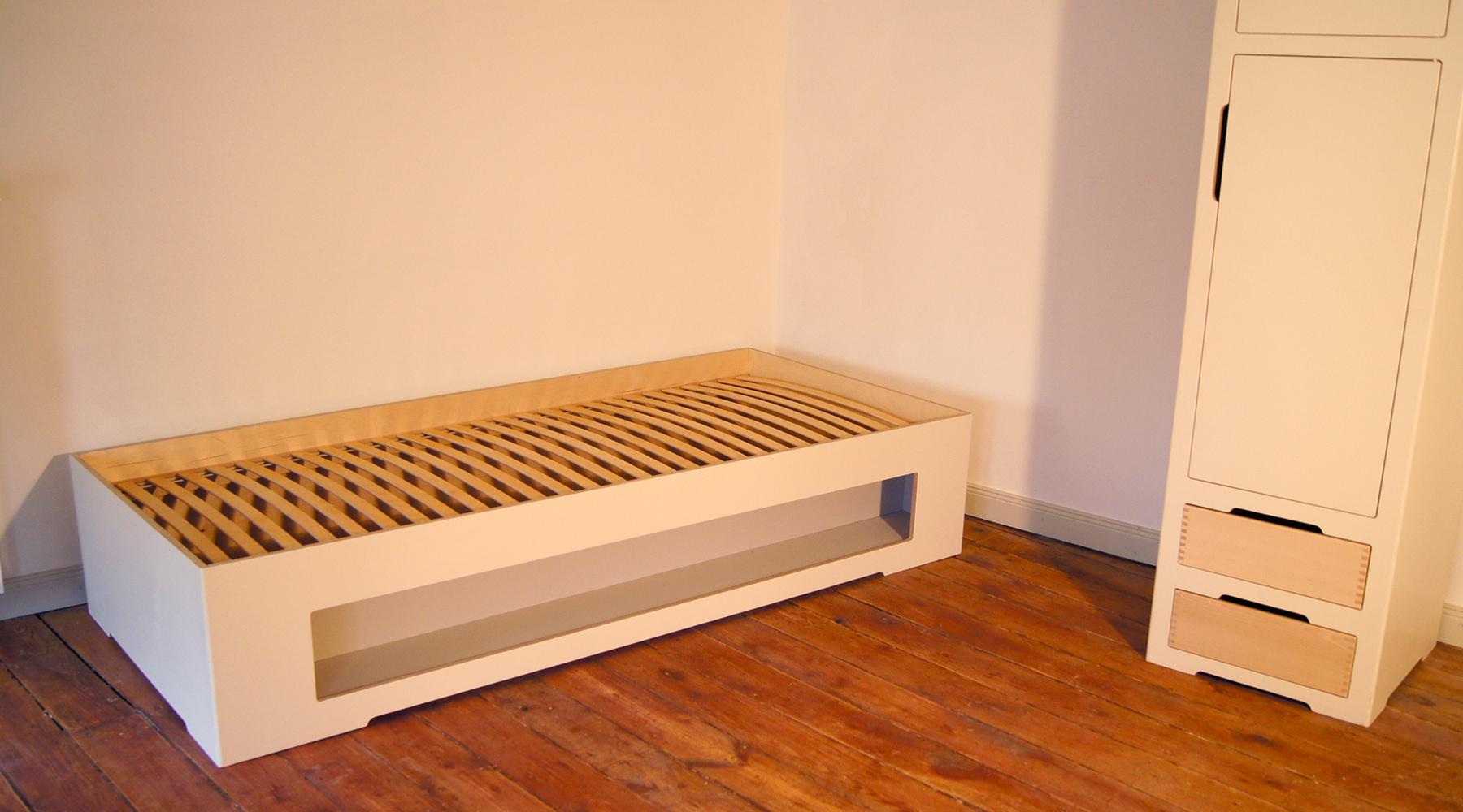 studenten haus dynamische kollektion. Black Bedroom Furniture Sets. Home Design Ideas