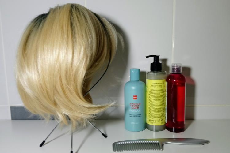 kit d'entretien pour laver une Perruque
