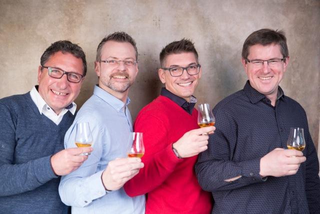 Vertreter des Whisky Palatina-Teams mit Gastgeber Thomas Sippel (Foto: Bender Photoart)