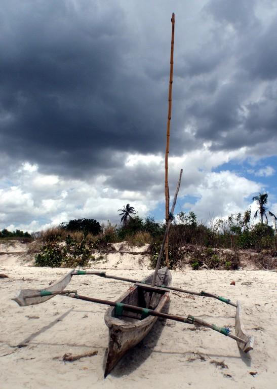 Petit bateau de pêche, Bagamoyo, Tanzanie