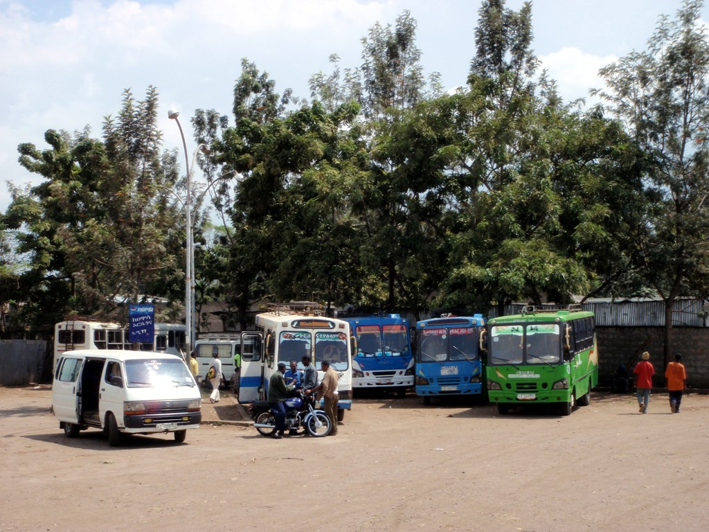 Gare routière d'Awasa, entre Addis Ababa et Moyale, Ethiopie