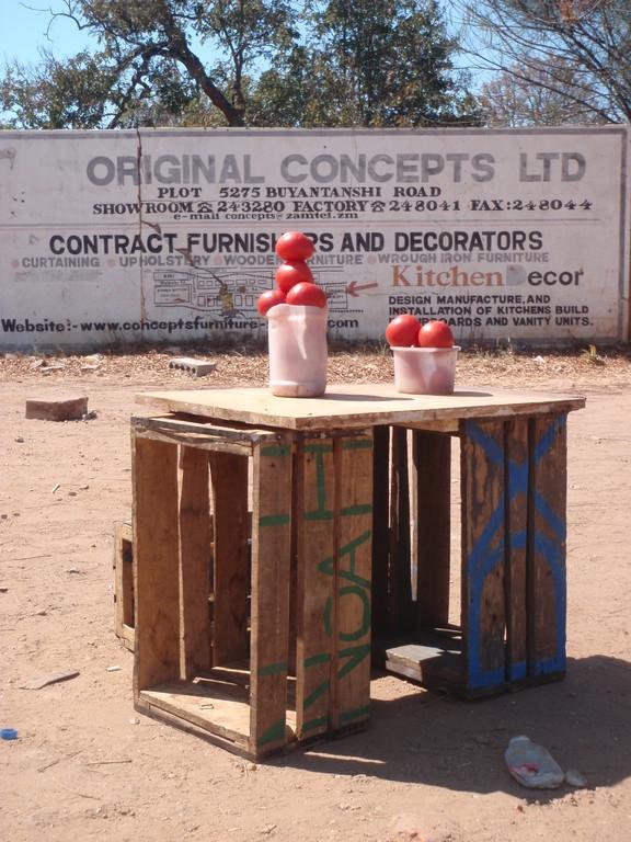 Etal d'un marchand de tomates, Lusaka, Zambie