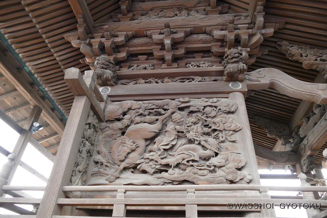 本殿の彫刻も特別公開
