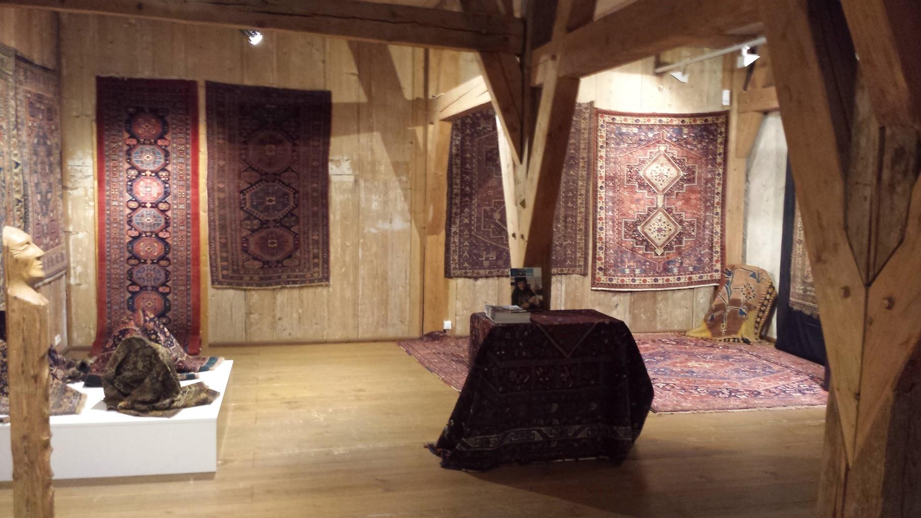 "Chemnitz Wasserschloss Kaffenbach mit Austeller Art Leben im Holz  Thema: "" Symbol des Lebens"""
