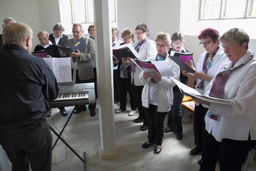 Der Kirchenchor - wie immer engagiert dabei