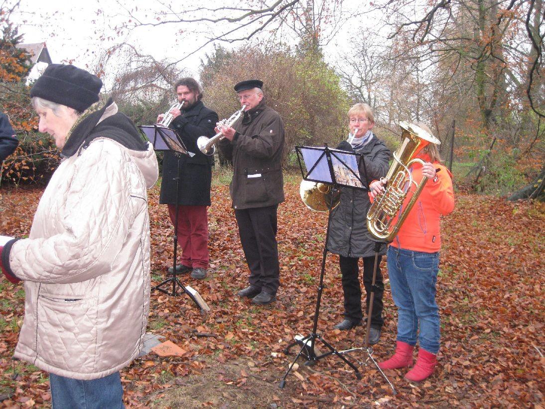 Musik durch Mitglieder des Posaunenchors Ronneburg