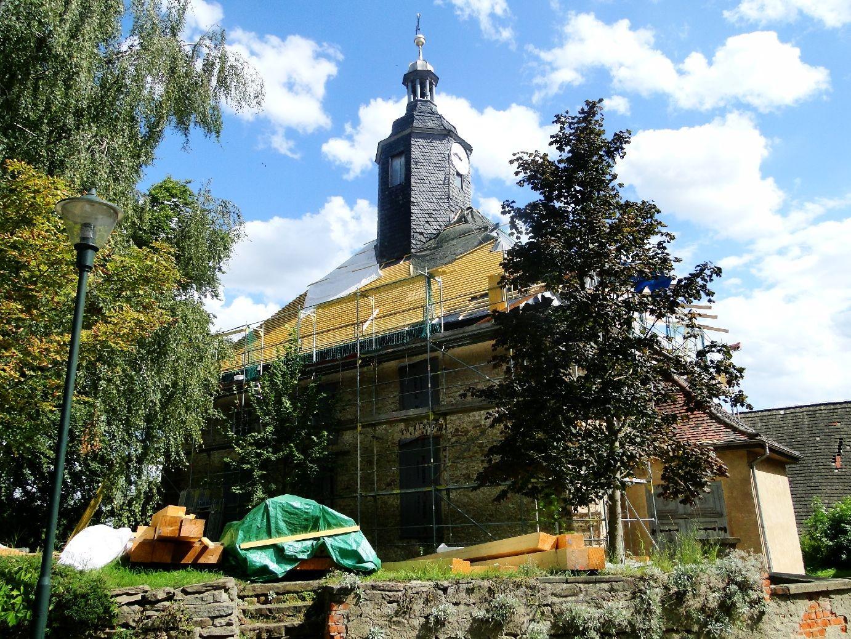 Blick auf die Kirche am 12.08.2014