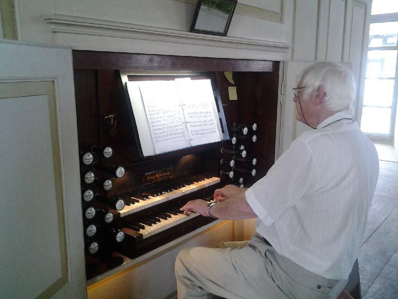 Friedbert Wank in der Orgel