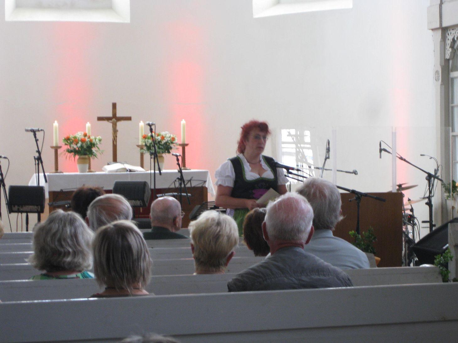 Frau Kräuter moderierte wunderbar durch das Programm