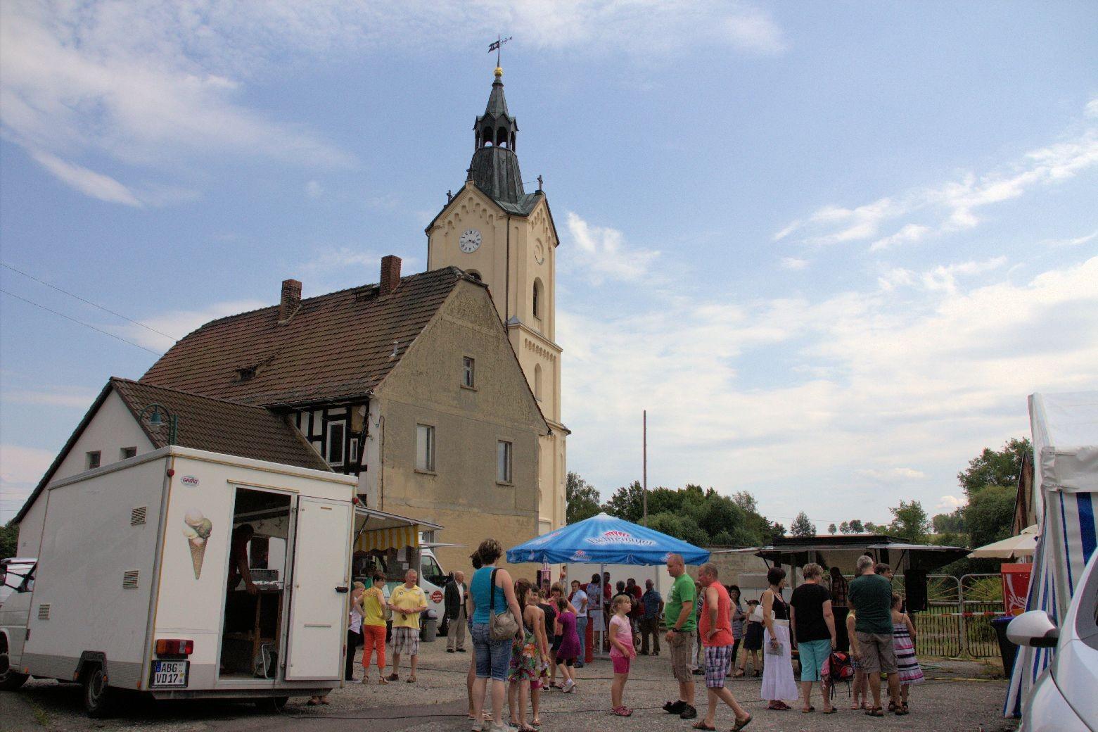 Und nach dem Konzert fand das Dorffest statt - oder besser die Kirchweih