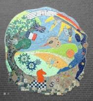 Wandmosaik am Gymnasium