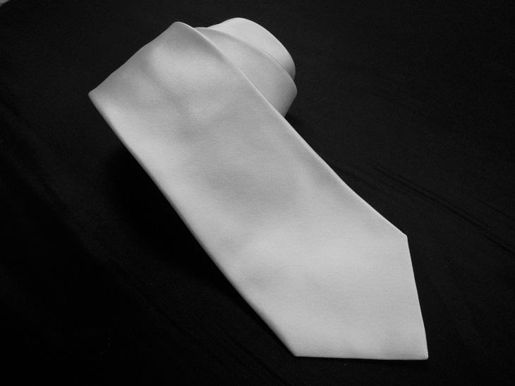 生地を持ち込みでネクタイを製作