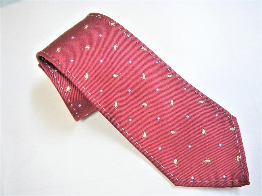 飾りステッチのネクタイ
