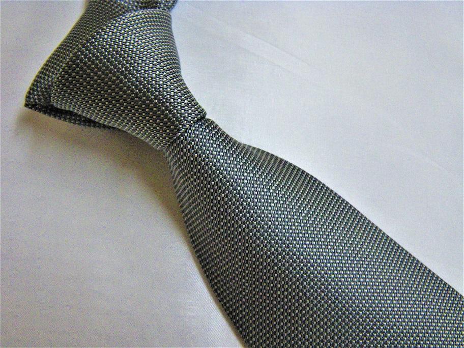 ネクタイのTPO