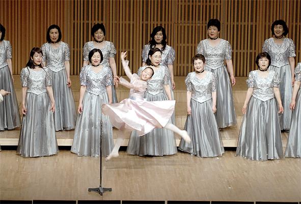 第6回定期演奏会  特別出演:ちいさなバレリーナ入谷香那子さん