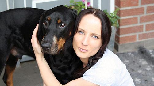 Tanja Beckedort und Hund Shadow. Foto: privat