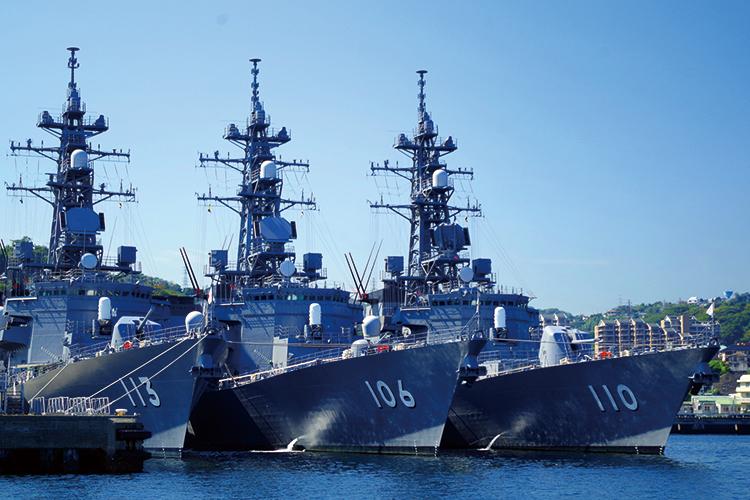 海上自衛隊横須賀基地とYOKOSUKA軍港めぐり