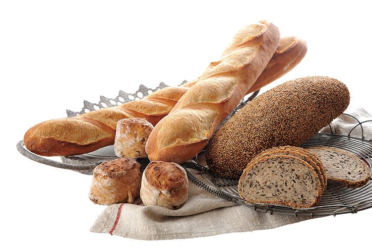 実際に店舗で使用している厳選された材料を使ってパンをつくります。
