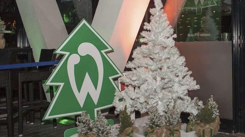Schalke Tannenbaum.Tannenbaumtrikots Werder Bremen Trikots
