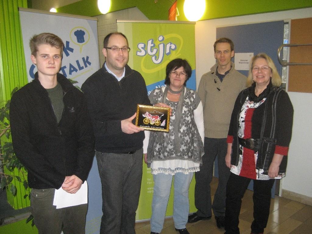 Geschäftsstelle des Stadtjugendringes Wolfsburg (Jan-Erik Münkel, Jens Hortmeyer, Brigitte Flohr, Frederik Boog und Marion Dukiewitz (von links)