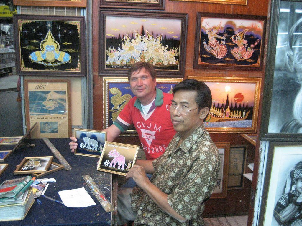 Sayon Kaew-Lerng (rechts) mit CVJM-Vorsitzenden Manfred Wille