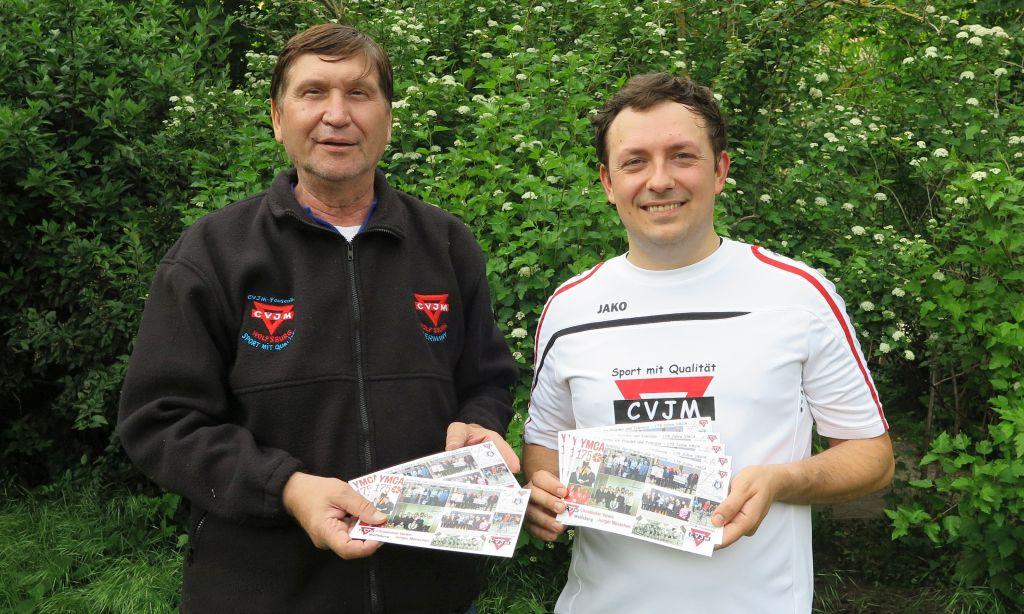 Artur Stark (rechts) und Manfred Wille vom CVJM Wolfsburg
