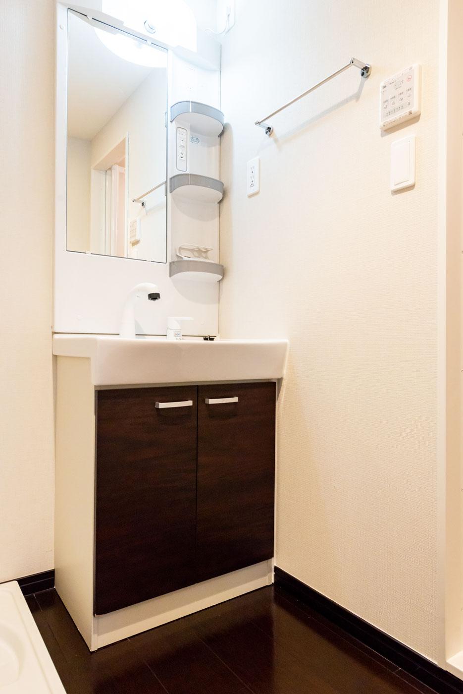202-5 洗面室