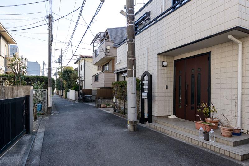 現地1(前面道路)