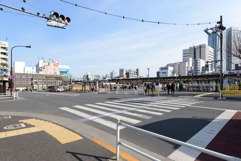 中野駅北口3(整備されたバスロータリー)
