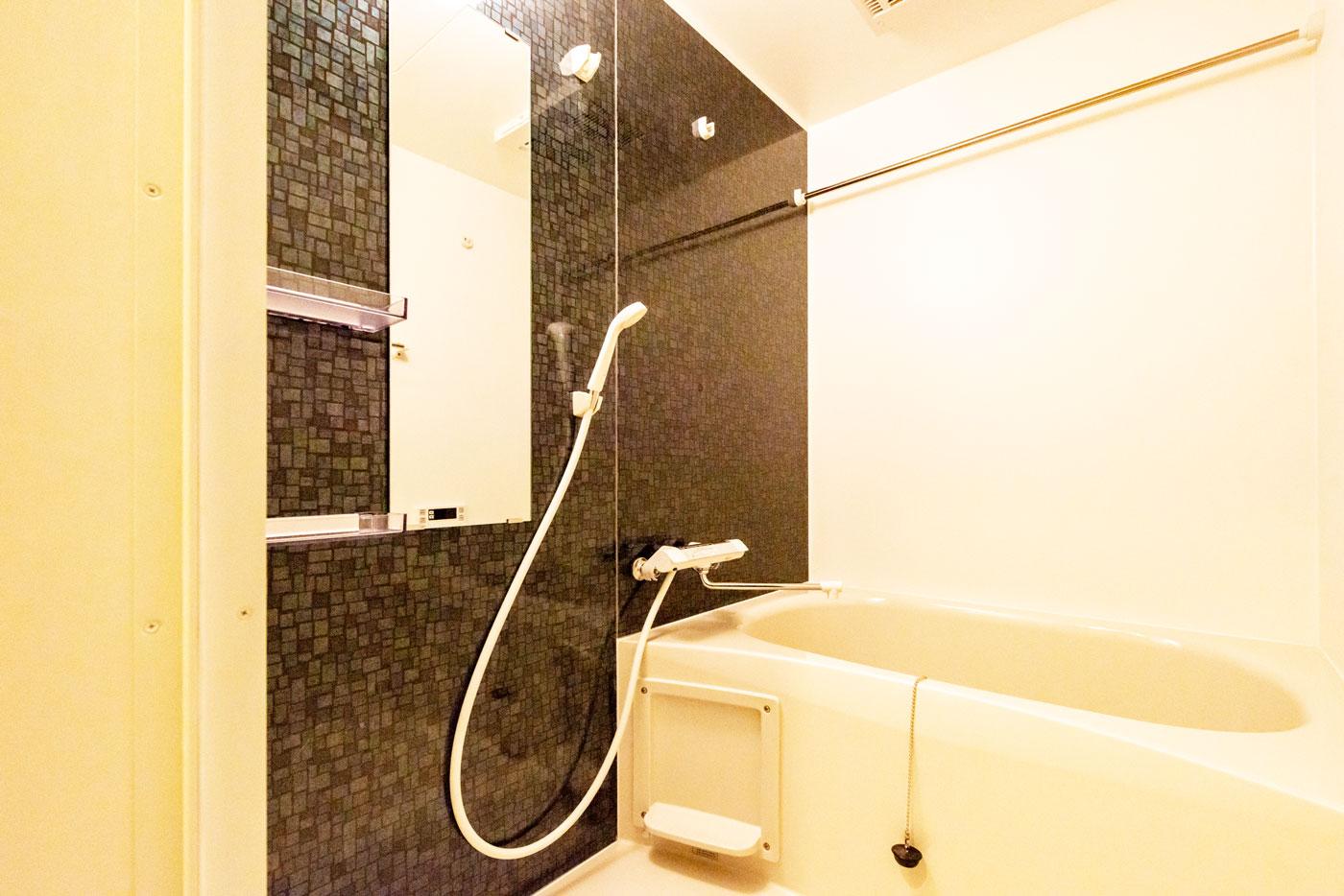 301(浴室)