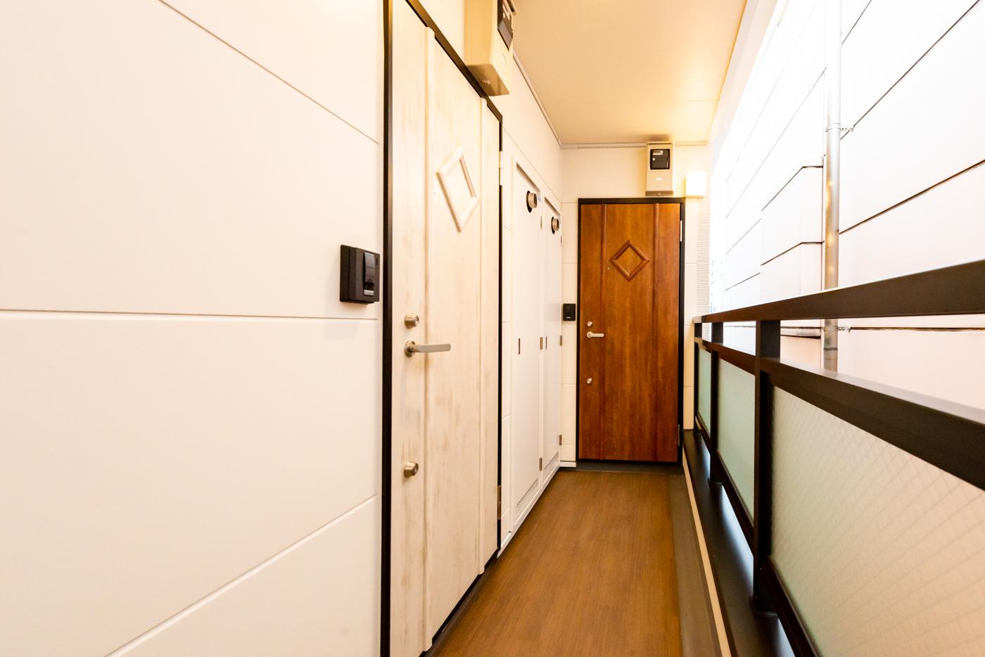 廊下・ドア(2階4階Cタイプ)
