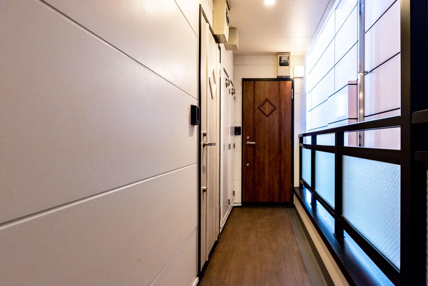 403-7 ドア(茶色 2階4階Cタイプ共通)